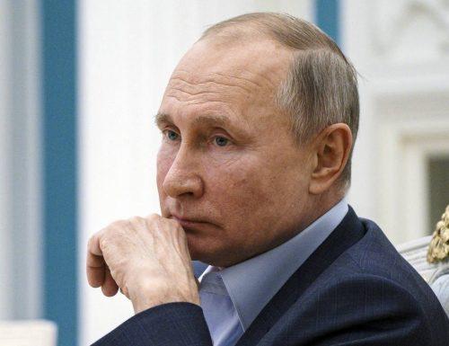 […] È lui, il movente.. Spia al Parlamento Europeo, in manette un reporter al soldo  di Putin