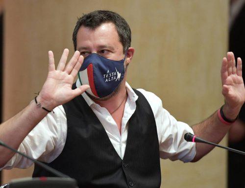 Salvini mette una pietra sopra agli inciuci di sinistra: si è vaccinato a Milano