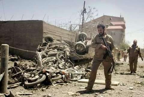 Sangue e fuoco a Herat, i talebani  attaccano senza sosta