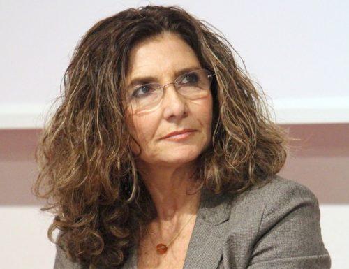 Et Voilà. Il magistrato Annamaria Fiorillo che curò  il Processo Ruby,  ora in pensione, si scopre. Si candida a Gallarate come capolista della sinistra