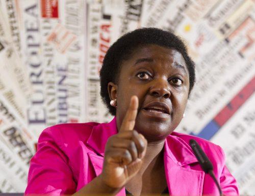Il caso Kyenge scatena l'Ordine: è un'oculista non un medico di famiglia, non ha i requisiti