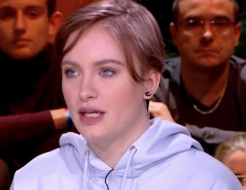 Francia, Mila schiaccia i bulli filo-islamici e asfalta l'ipocrisia di femministe e anti-razzisti