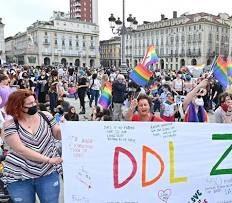 """Ddl Zan, il """"niet"""" dei gay di destra: """"I disabili le vere vittime. Non siamo noi la categoria """"fragile"""""""""""