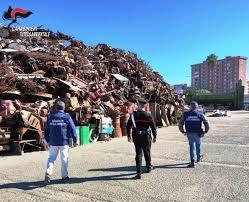 Traffico di rifiuti, maxi retata a Palermo: soldi pubblici nelle tasche dei malfattori