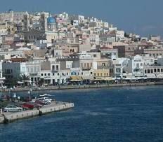 Covid, variante Delta, Mykonos si arrende e dice  stop alla movida. Coprifuoco a Barcellona e a Lisbona. Cambiano ancora gli scenari..