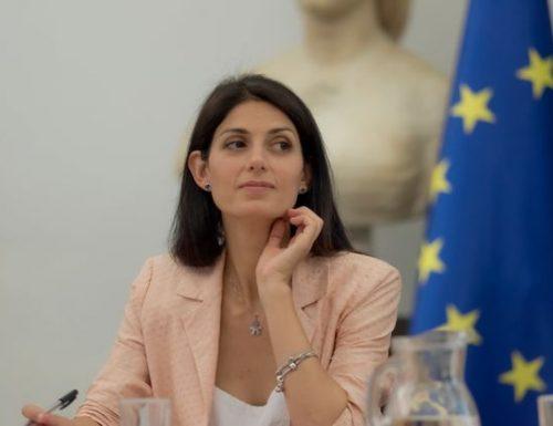 Macigno sulle spalle di Virginia Raggi: cena elettorale e fuochi a Ostia pagati con i soldi pubblici
