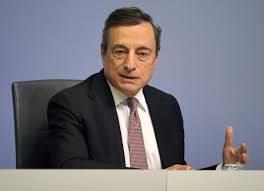 """Draghi va avanti a """"bott e pirt e pernacchie"""": chiede la fiducia (2,3 volte al mese)"""