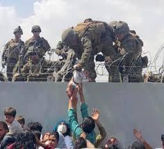 """Afghanistan, Biden si sottomette ai talebani: """"Soldati Usa via da Kabul il 31 agosto"""". Dal G7 solo chiacchiere e distintivo"""