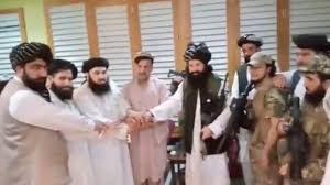 [Boom] Toni Capuozzo svela il gioco sporco e posta un video scandalo: il fratello dell'ex presidente Ghani giura fedeltà ai talebani