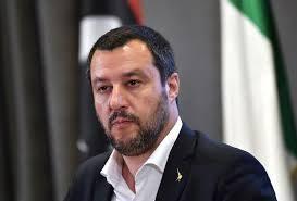 """La grande fuga di migranti dall'Afghanistan,   Salvini avverte Draghi: """"L'Italia non è il campo profughi del mondo"""""""