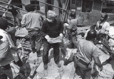 """41 anni dopo la strage di Bologna: """"Vogliamo la verità"""". Ma il ministro Speranza fa il ballo della mattonella"""