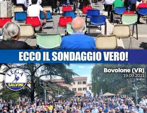Letta a Cosenza fa il tutto vuoto, annoia anche le sedie. Salvini lo prende in giro e il segretario del Pd va al manicomio…