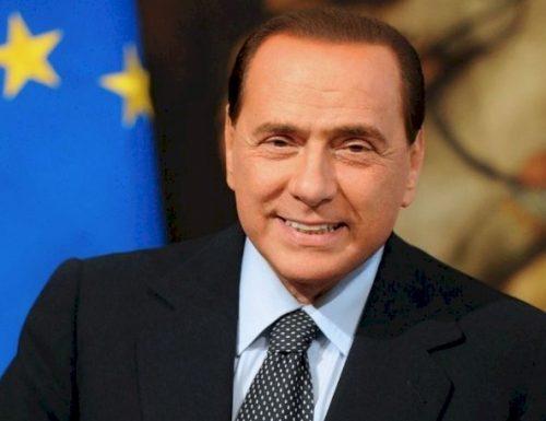 """Processo Ruby ter, Berlusconi incredulo per la proposta dei giudici: """"la perizia psichiatrica lede il mio onore"""""""