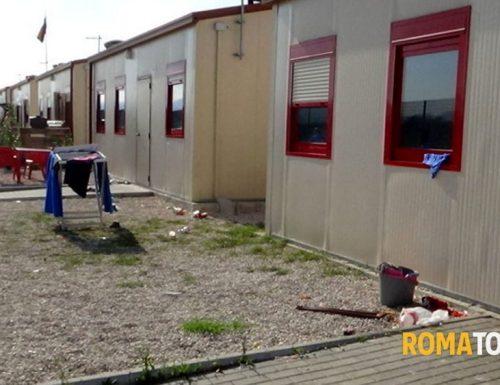 """Prima i Rom poi i Romani, la Raggi assegna le case popolari prima ai rom. Ira FdI: """"Assurdo, peggio della sinistra"""""""