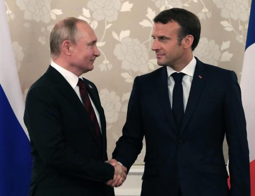 In Libia si combatte una guerra psicologica tra Macron e Putin, ma non è dato sapere! E noi ve lo diciamo…