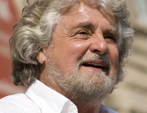 Grillo come Fatima, compare e scompare fregandosene di Conte: firmate il referendum
