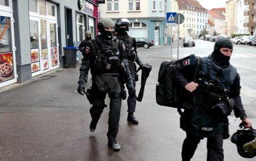 Germania sotto attacco kamikaze alla sinagoga di Hagen: fermati 4 siriani, uno era un16enne