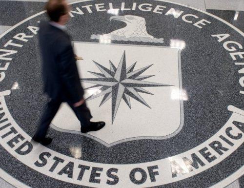 """Il Dossier sulla Cia: rapire e uccidere Assange: tra le """"opzioni"""" anche un conflitto a Londra con le spie russe"""