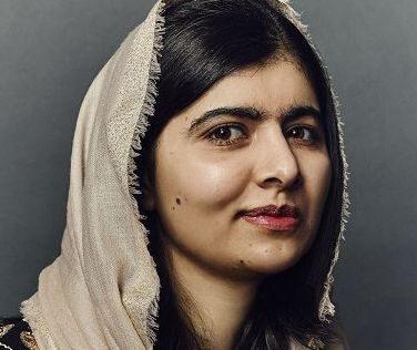 "Malala a valanga contro i talebani: ""Riportate le ragazze afghane a scuola. I talebani negano il diritto di imparare"""