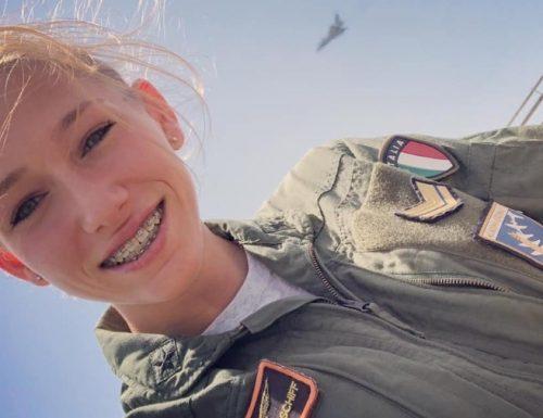 """Giulia Schiff messa alla porta, fuori dall'aeronautica militare. """"Mi hanno rovinato la vita"""" (Video)"""
