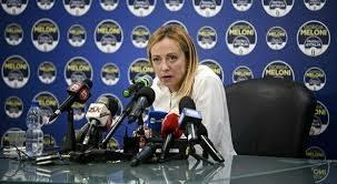 Ironia? Giorgia Meloni replica a Letta (PD): se vincete voi chi ti porti sul palco, Battisti e centri sociali?